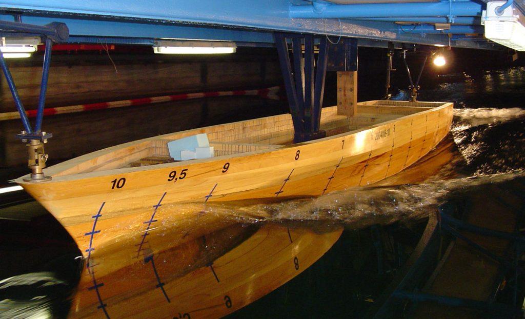 Model test of offshore patrol vessel, seakeeping test of yellow model