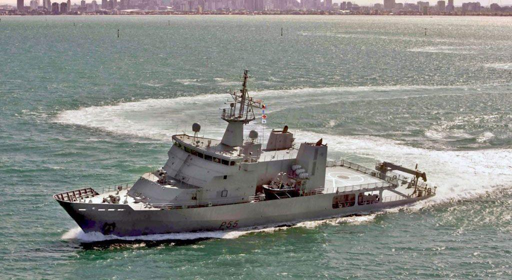 VARD 7 085 HMNZS Wellington RNZN OPV on sea trials - aerial port side view